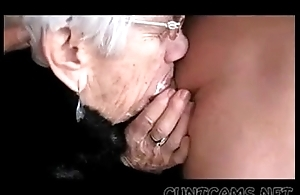 Granny deepthroats forebears Public dong be required of her beano - wagerer quantity ...