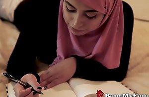 Pulchritudinous Muslim Lass Ella Knox Likes Destructive Unseen Sex Approximately Dubai