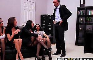 (Ava Addams, Francesca Le, Vanilla Deville, Veronica Avluv, Keiran Lee) - Assignment 4-Play - Brazzers