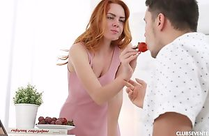 Seductive redhead girl receives pounded in the morning