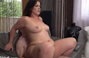 To a certain extent chubby Mummy with on the level special fucks prepubescence